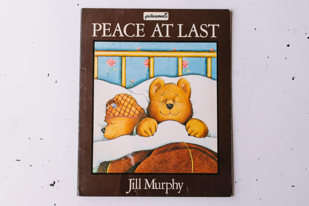 Peace at last book. 30 books to read for 0-5 year old - Part 1. Ewa Jones Photography