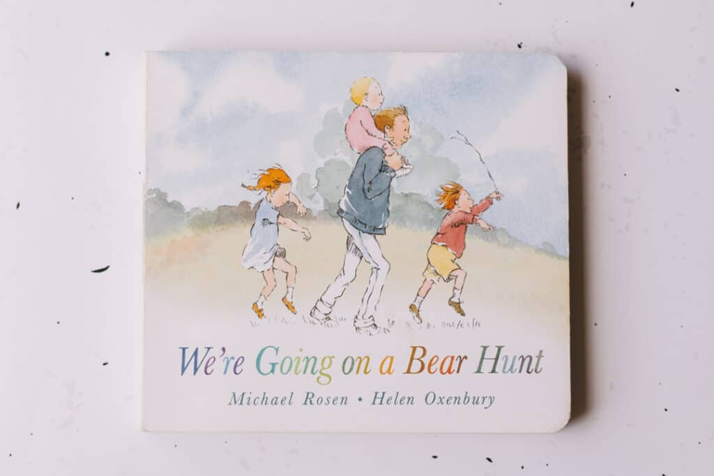 We are going on a bear hunt book. 30 books to read for 0-5 year old - Part 2. Ewa Jones Photography