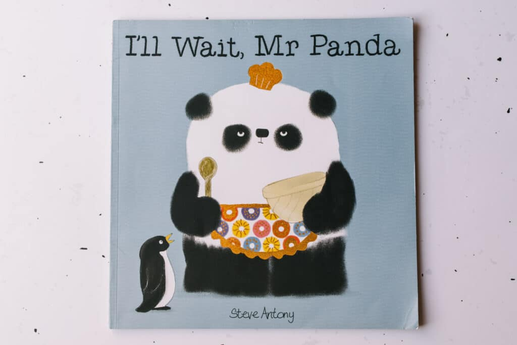 I'll will wait Mr Panda book. 30 books to read for 0-5 year old - Part 1. Ewa Jones Photography